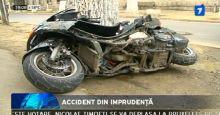 Accident din imprudenta. Un scuter sa lovit de o masina.