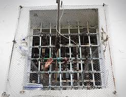 Detinuta care sustine ca a fost violata de un gardian al penitenciarului nr 13 a declarat greva foame