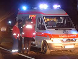 O familie a fost lovita din plin de o masina la Straseni. Femeia insarcinata a murit pe loc.