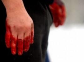 Un bărbat din satul Cotiujenii Mari și-a bătut fosta soție cu ciocanul peste degete, ca să nu mai bea.