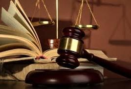 Un barbat a fost reprezentat, in ultimii 4 ani, de 130 de avocati platiti de sta