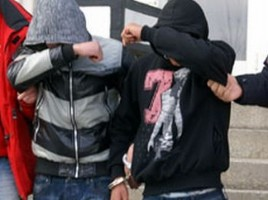 Doi minori au fost reţinuţi pentru furt