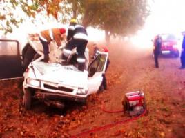 FOTO. Accident înfiorător la Cahul! S-au ucis cu mașina chiar la intrarea în satul Tretești