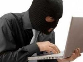 Internetul din Moldova este invadat de escroci! În ce constă schema frauduloasă şi cum sunt păgubiţi oamenii