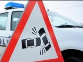 Un bărbat a fost lovit mortal de o maşină în timp ce traversa neregulamentar traseul BAlt -Sarateni