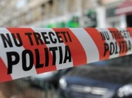Un bătrân de 90 de ani a murit după ce s-a aruncat de la etajul cinci al unui bloc din Chişinău
