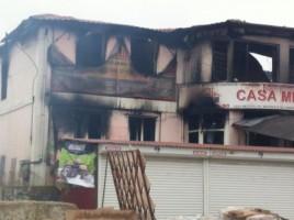 Primele POZE. Cum arata magazinul in care doi pompieri au murit in incendiul de la Telenesti