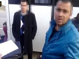 Un individ este prins in timp ce duce trei moldovence in Grecia pentru prostitutie
