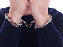 Va sta 16 ani după gratii pentru trafic de copii şi proxenetism