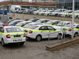 Abia de s-au stins lumanarile pe autoturismele noi ale politistilor, ca au primit alte masini - de teren