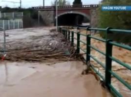 Inundatii DEVASTATOARE in sudul Frantei. Cel putin cinci persoane au MURIT, iar alte cateva mii au fost evacuate
