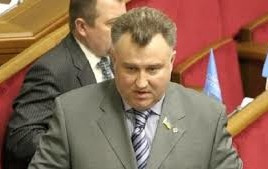 Oleg Kalaşnikov impuscat in fata casei