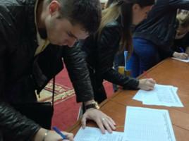 Studentii de la ASEM protesteaza fata de reintroducerea examenelor de licenta