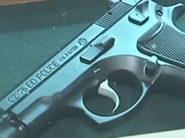 Dosar penal pentru Ion Bodrug ( ex sef al politiei) pentru pistoale cadonate unor ucraineni