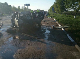 Accident grav la Edinet - un om a murit carbonizat in masina (Video)