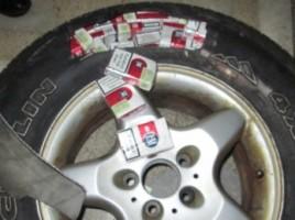 Contrabanda cu tigari in cauciucurila frontiera Stinca