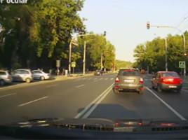 Caz in Chisinau -TREI ÎNCĂLCĂRI ÎN TREI SECUNDE