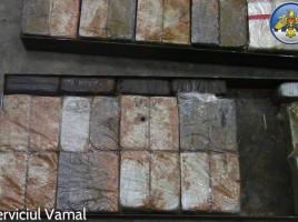 Contabanda in Moldova cu 136,50 kilograme de heroină.(video si foto)