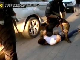 Retinere -2 tineri din Balti ce jantajau si rapiau persoane