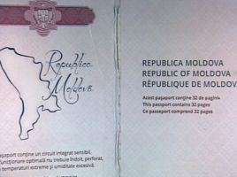 Retinere la vama- 3 persoane cu pasapoarte si procuri false