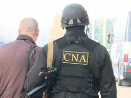 Un barbat din Cimislia s-a predat benevol la CNA pentru mita