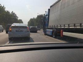Accident rutier pe str. calea iesilor cu implicarea a 3 automobile